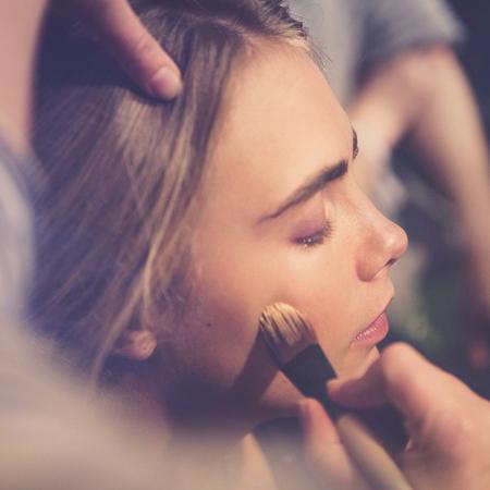 Burberry-Shanghai-CARA DELEVINGNE-how to makeup tutorial-pink makeup trend - handbag.com