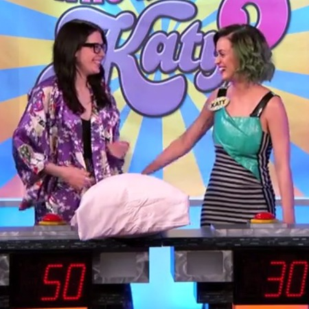 Katy Perry Jimmy Kimmel Live - Katy Perry pokes fun at herself - day bag - handbag