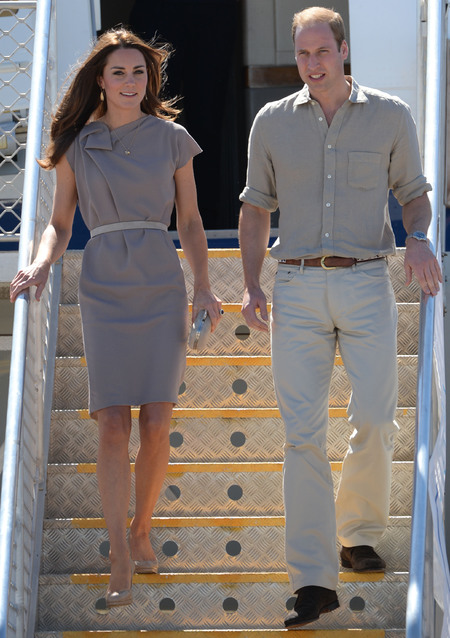 Kate and William matching desert outfits