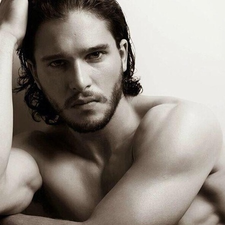 Kit Harington - twitter pic - 5 reasons why he should have a twitter account - day bag - handbag.com