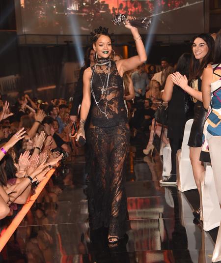 Rihanna iHeartRadio music awards - black lace dress - green lipstick - 90s hair buns - handbag.com