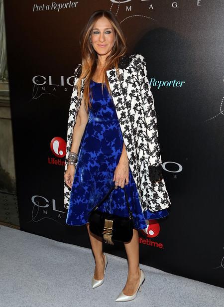sarah jessica parker with a fendy bag at clio image awards - shopping bag - handbag