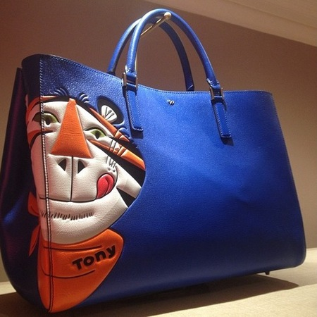 anya hindmarch-tony the tiger-kellogs-frosties-handbag-autumn winter 2014-designer handbags-handbag.com