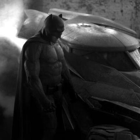 ben affleck as batman - first pic of ben affleck as batman and he is fit - day bag - handbag