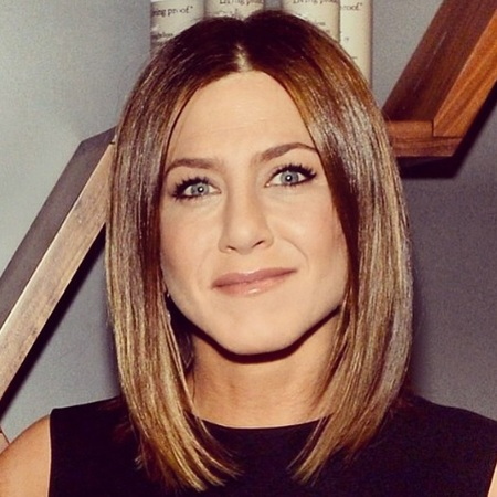 Jennifer Aniston - new hair style - long bob style - celebrity beauty news - beauty bag - handbag.com