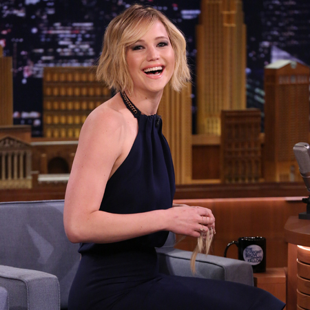 Jennifer Lawrence wearing Victoria Beckham dress for talk show - Jennifer Lawrence cropped hair - Jennifer Lawrence fashion - celebrity fashion - shopping bag - feature - handbag.com