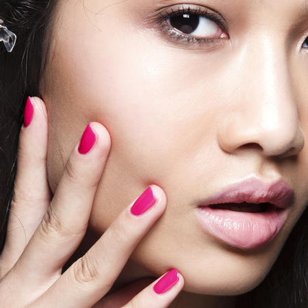 summer nail trends-pink-fuchsia-colour trends-Stella Jean-ss14 fashion week-handbag.com