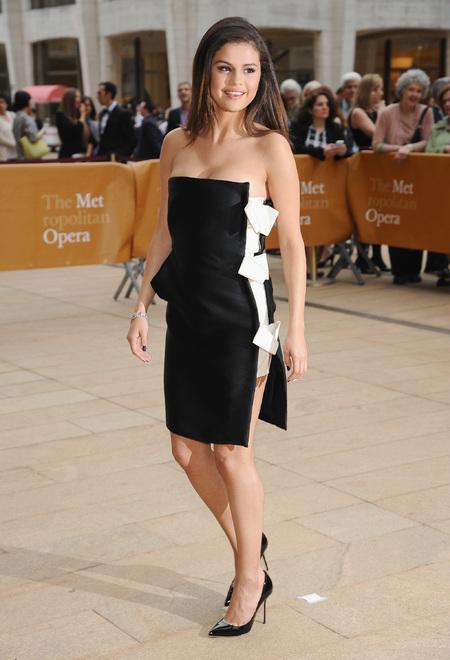 Selena Gomez - american ballet gala - monochrome outfit - dress - handbag.com