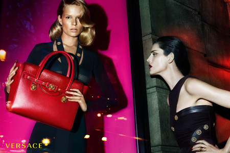 versace-autumn winter 2014-ad campaign-new handbags-anna ewers-stella tennant-models-handbag.com