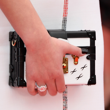 Adele Exarchopoulos' Louis Vuitton clutch bag