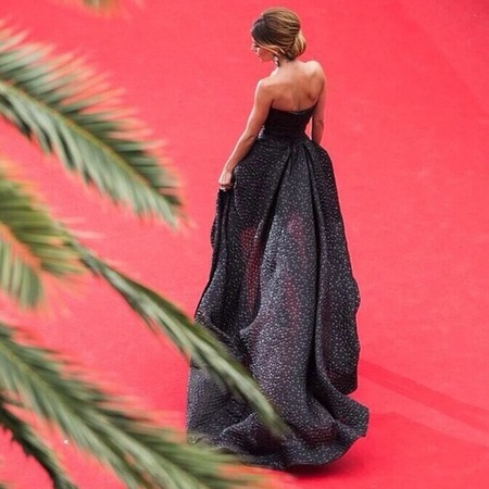 cheryl cole-cannes film festival 2014-red carpet-black dress-Monique Lhuillier-loreal ambassador-gothic trend-wedding dress ideas-celebrity fashion-handbag.com