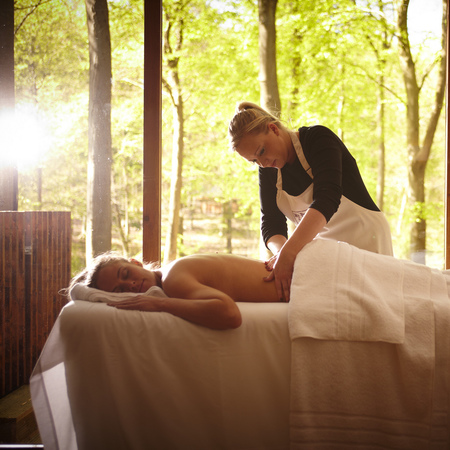 Cropton Forest In Cabin Spa Treatment - places to go for a girly holiday - travel bag - handbag