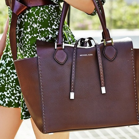 michael kors-handbag-miranda tote-chocolate brown-handbag.com