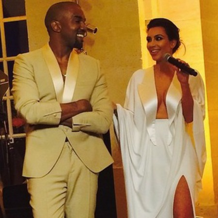 kim kardashian-kanye west-wedding-florence italy-white dress-cream suit-speeches-handbag.com