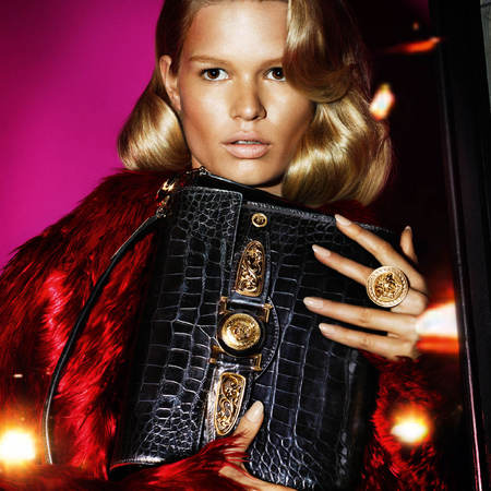 versace-autumn winter 2014-ad campaign-new handbags-palazzo bag-model anna ewers-handbag.com