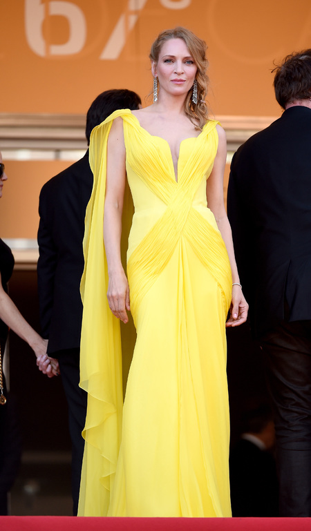uma thurman in yellow valentino - celebs in yellow - shopping bag - handbag