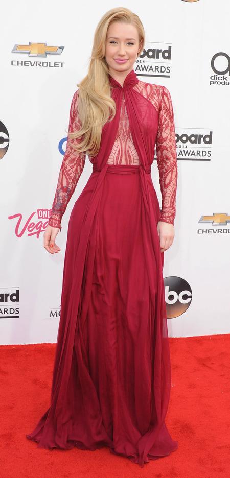 Iggy Azalea red dress at Billboard music awards - Billboard music awards 2014 red carpet - red dress trend - lace dress - celebrity fashion - handbag.com