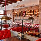 Review: Juicy burgers at Meat & Shake