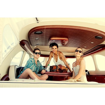 adriana lima doutzen kroes and candice swanepoel on a yacht - how to party like a victoria secret angel - day bag - handbag