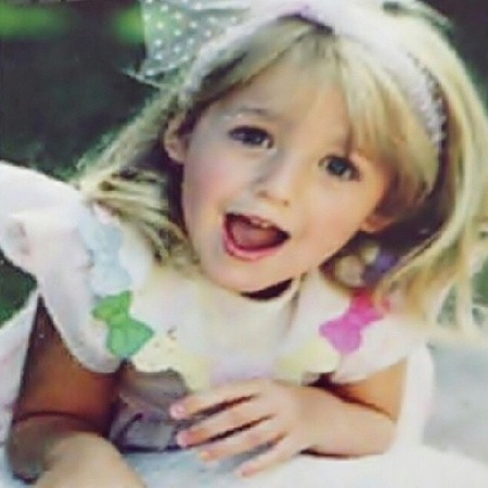 Blake Lively - awkward childhood photos - stylish celebrities - baby feature - baby news - handbag.com