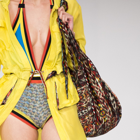 graduate fashion week 2014-best new handbag designers-rukshika fernando muticoloured beach bag-handbag.com