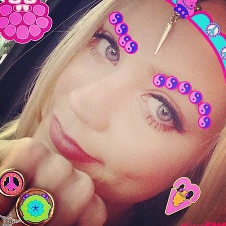 Laura Whitmore - first snog app - campaign - instagram - handbag.com