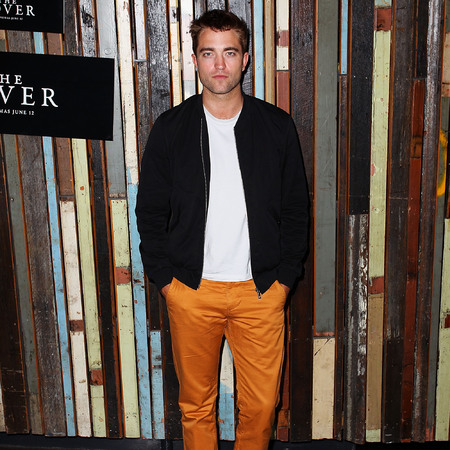 Robert Pattinson - The Rover - sydney - orange trousers - like Kristen Stewart - handbag.com