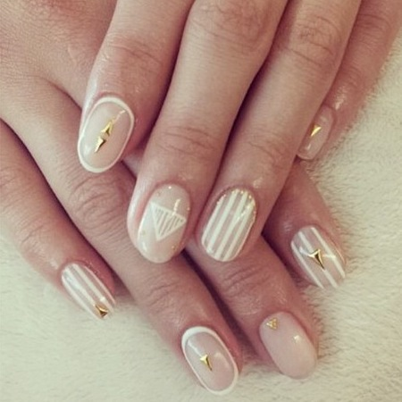Whitney Port - wedding inspiration - planner - nail art - handbag.com