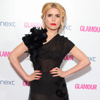 Paloma Faith gives a demo in classy sheer
