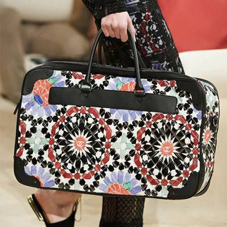 chanel-cruise 2015 collection-floral bag-travel bag-70s trend-handbag.com
