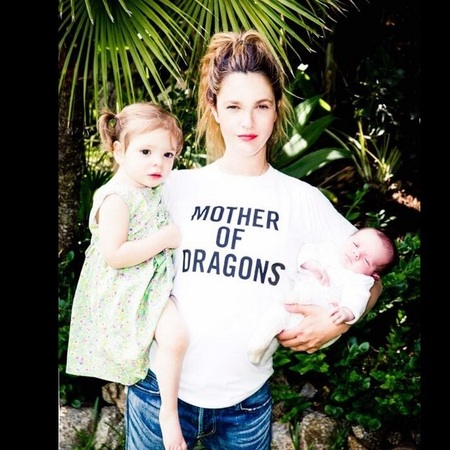 drew barrymore - posted twitter pic - mums we like to follow - baby feature - baby news - handbag.com
