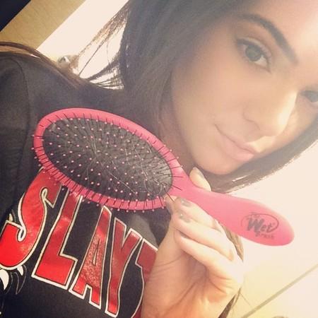 Kendall Jenner - wet brush - beauty 999 - don't damage wet hair - handbag.com
