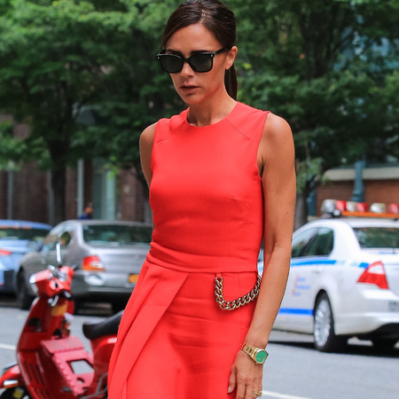 victoria beckham-red dress trend-summer fashion-celebrity style-handbag.com