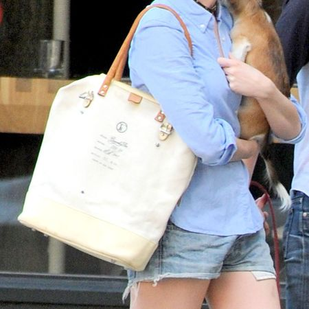 Anne Hathaway's cream tote bag