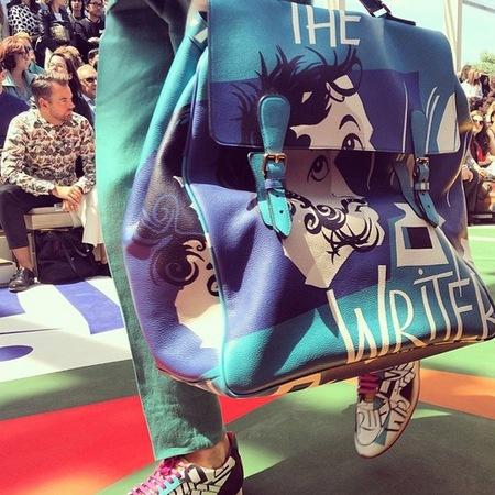 burberry-london collections men autumn winter 2014-handbags-blue slogan satchel-handbag.com