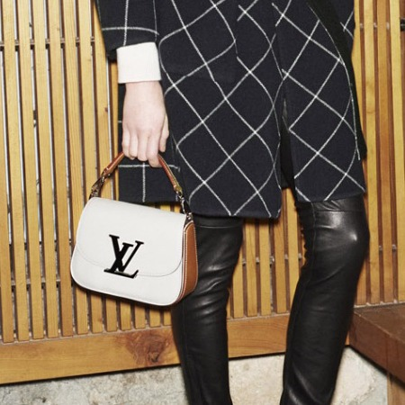 louis vuitton-new handbag-autumn winter 2014-winter icons-white and black vivienne bag-handbag.com