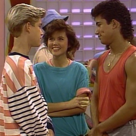 Saved by the bell cast - Cast photos - 80s and 90s fashion trends - retro TV shows - fashion from TV shows - day bag - handbag.com