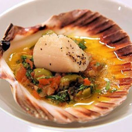 tom aikens baked scallops and sauce ierge recipe - day bag - handbag