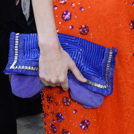 georgie macintyre-matthew williamson-serpentine gallery summer party-blue clutch bag-handbag.com