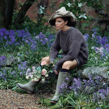 victoria beckham for Vogue - in wellies - patrick demarchelier - handbag.com