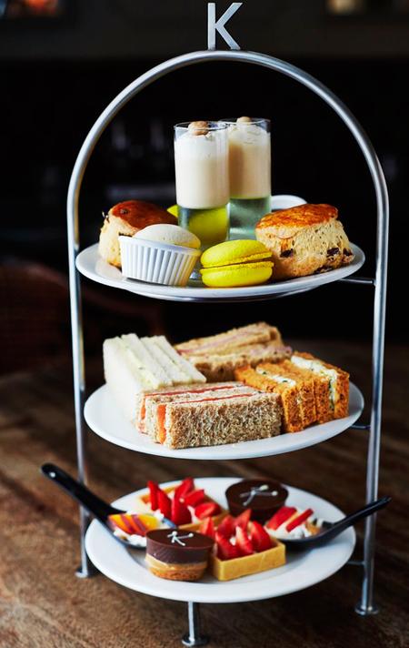 Afternoon tea - kettners - review pics - day bag - review - handbag.com