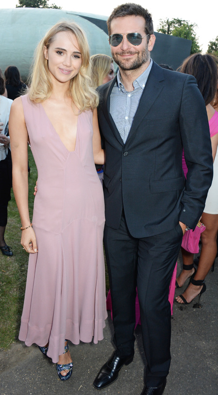 bradley cooper-suki waterhouse-pink burberry dress-celebrity cuples-serpentine gallery summer party 2014-celebrity fashion-handbag.com