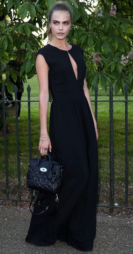 cara delevingne-serpentine gallery party 2014-mulberry black dress-quilted black backpack bag-celebrity fashion-handbag.com