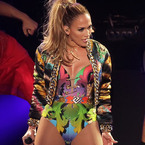 JLo and Beyonce do leotard battle