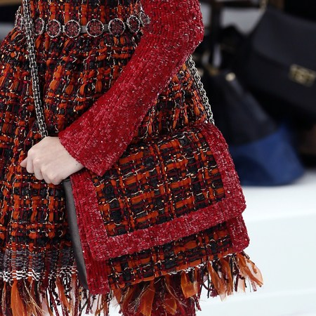 chanel show-haute couture paris fashion week-autumn winter 2015-red tartan handbag-handbag.com