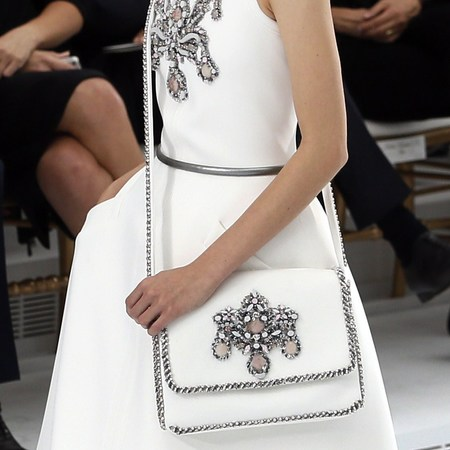 chanel show-haute couture paris fashion week-autumn winter 2015-white and gold bridal handbag-handbag.com