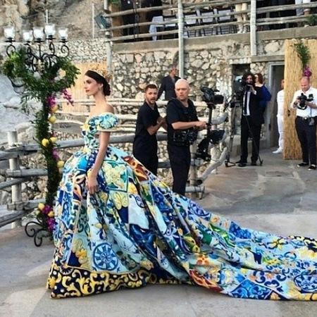 dolce gabbana-alta moda capri-fashion show-floral print princess dress-handbag.com