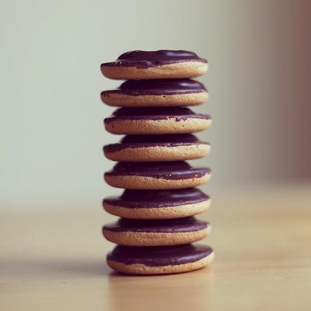 Snacks you can eat on a diet - jaffa cakes - handbag.com