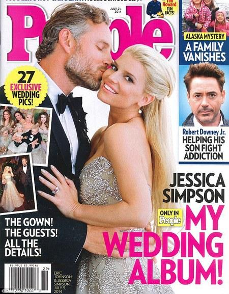 Jessica Simpson wears Carolina Herrera wedding dress