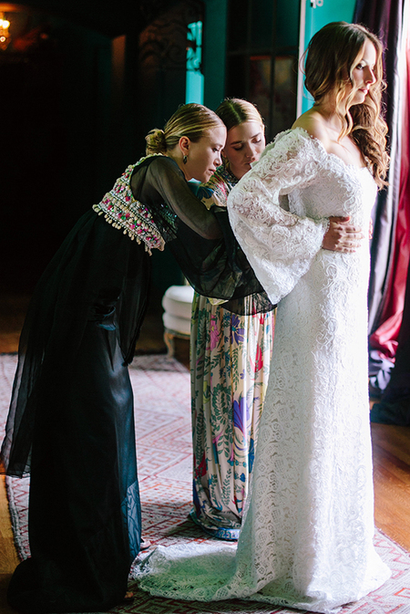 Mary Kate and Ashley olsen design wedding dress for friend - shopping news - shopping bag - handbag.com